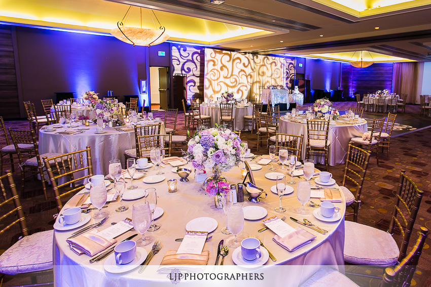 23-doubletree-by-hilton-hotel-monrovia-pasadena-wedding-photographer-wedding-reception-photos