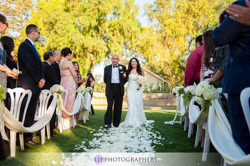 24-richard-nixon-library-yorba-linda-wedding-photographer-wedding-ceremony-photos