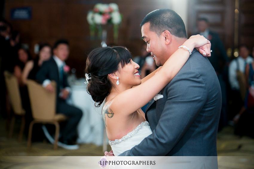 26-avenue-of-the-arts-wyndham-costa-mesa-hotel-wedding-photographer-wedding-reception-photos