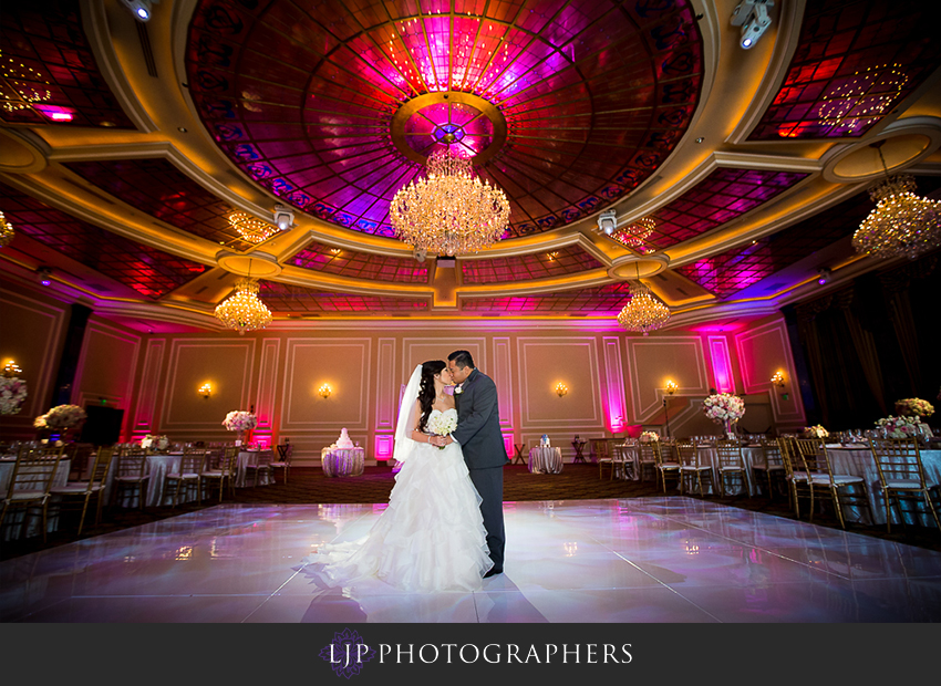 28-taglyan-complex-los-angeles-wedding-photographer-wedding-reception-photos