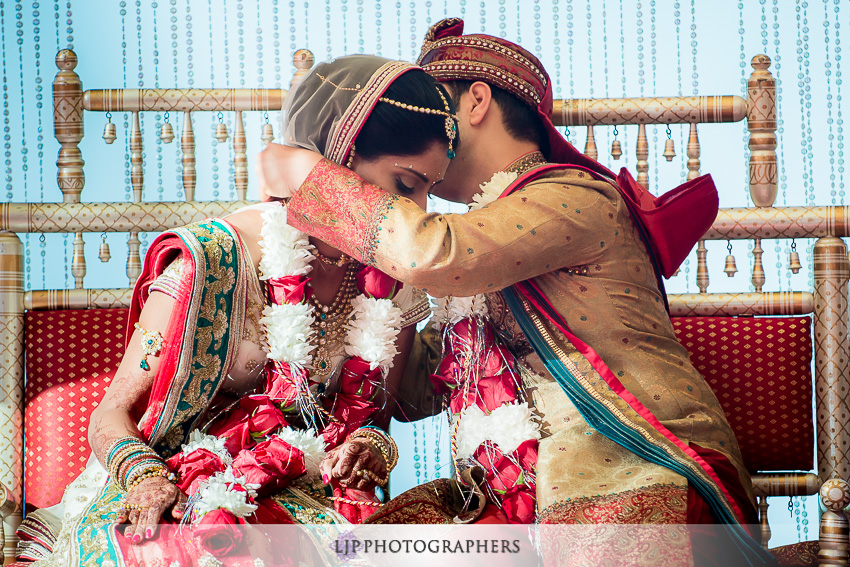 29-pacific-palms-resort-city-of-industry-indian-wedding-photographer