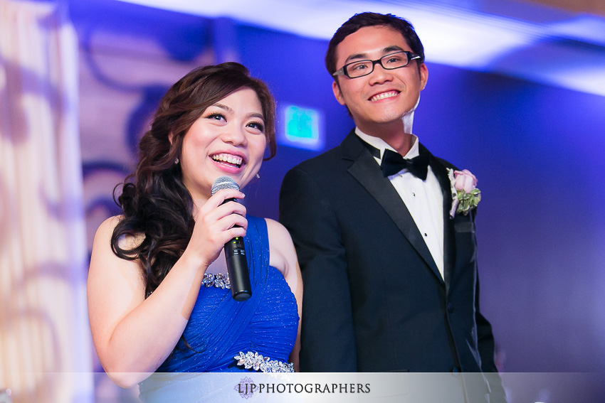 30-doubletree-by-hilton-hotel-monrovia-pasadena-wedding-photographer-wedding-reception-photos