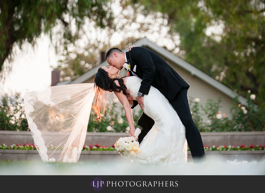 30-richard-nixon-library-yorba-linda-wedding-photographer-wedding-ceremony-photos