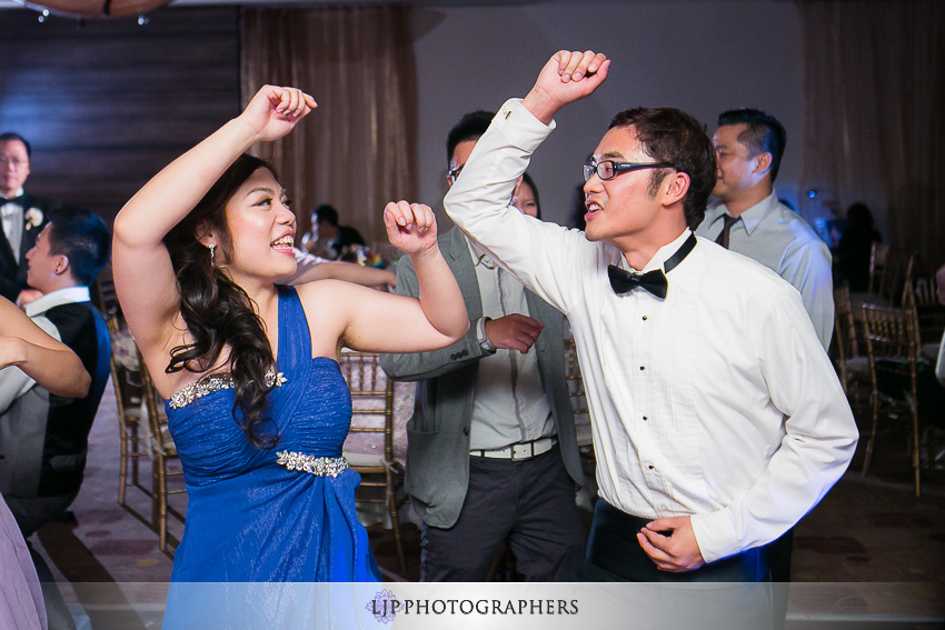 34-doubletree-by-hilton-hotel-monrovia-pasadena-wedding-photographer-wedding-reception-photos