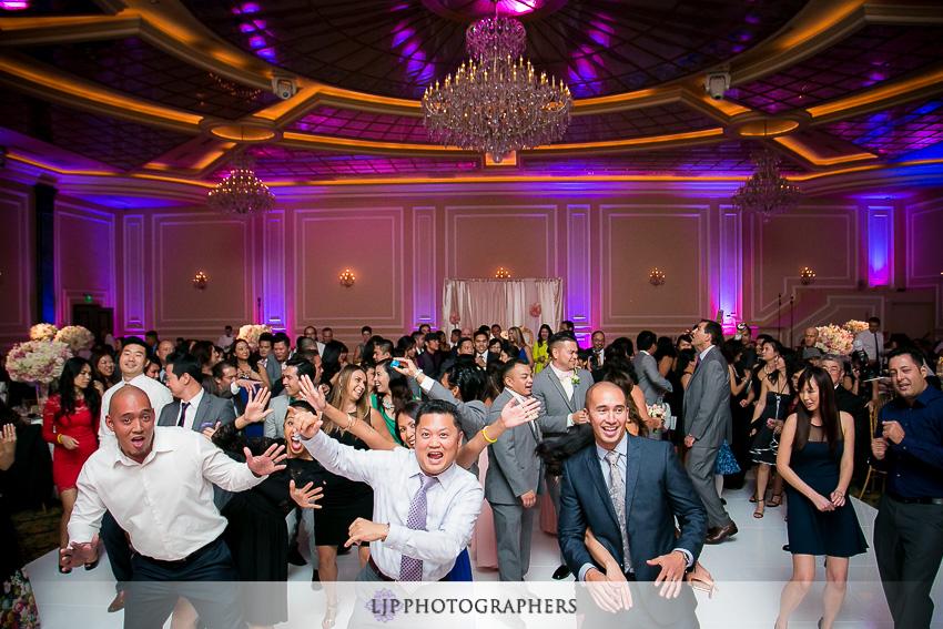 34-taglyan-complex-los-angeles-wedding-photographer-wedding-reception-photos