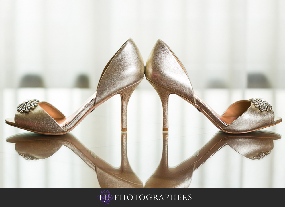 01-hilton-los-angeles-universal-city-wedding-photographer-getting-ready-photos