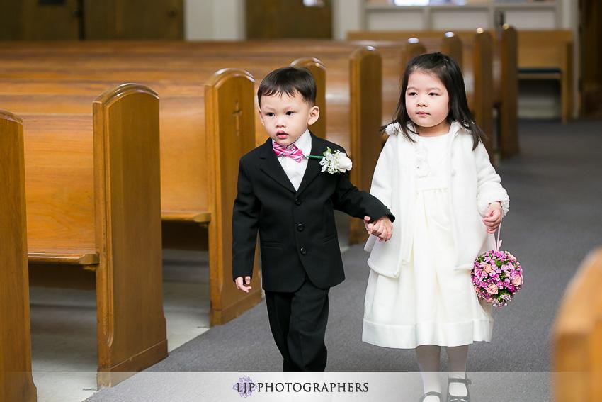 07-hilton-los-angeles-universal-city-wedding-photographer-wedding-ceremony-photos