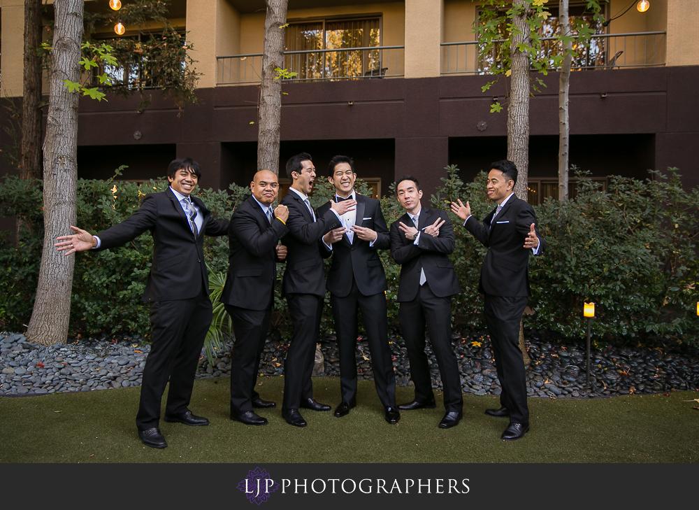 07-rose-center-theater-wedding-photographer-getting-ready-photos