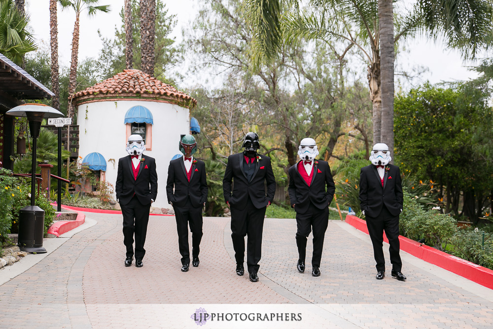 08-rancho-las-lomas-wedding-photographer-getting-ready-photos