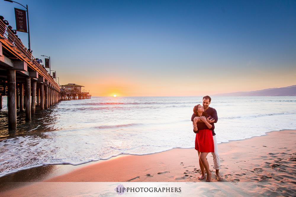 08-santa-monica-engagement-photographer