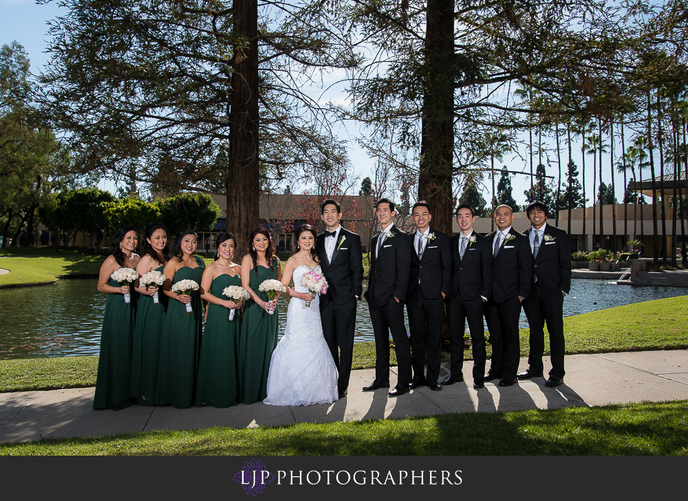 10-rose-center-theater-wedding-photographer-first-look-couple-session-weddingparty-photos