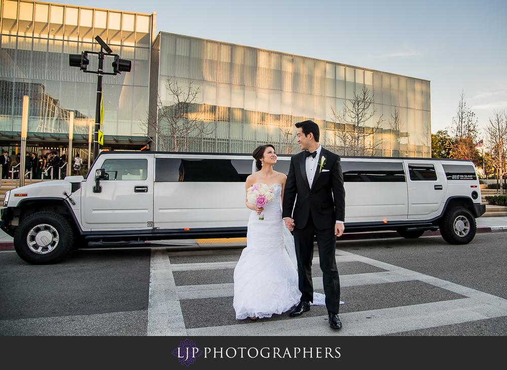 17-rose-center-theater-wedding-photographer-wedding-reception-photos