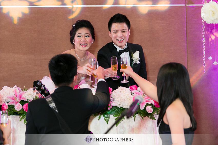 19-hilton-los-angeles-universal-city-wedding-photographer-wedding-reception-photos
