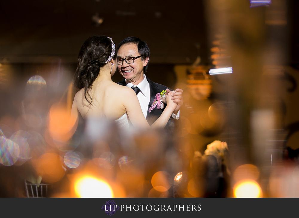 27-rose-center-theater-wedding-photographer-wedding-reception-photos