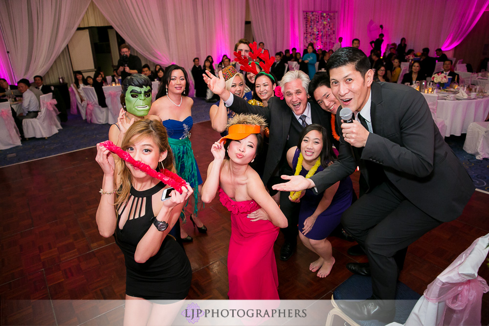 35-irvine-marriott-wedding-photographer-wedding-reception-photos