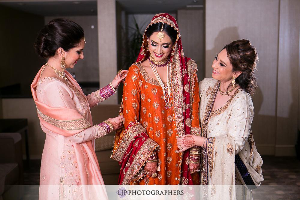 04-anaheim-hilton-indian-wedding-photographer