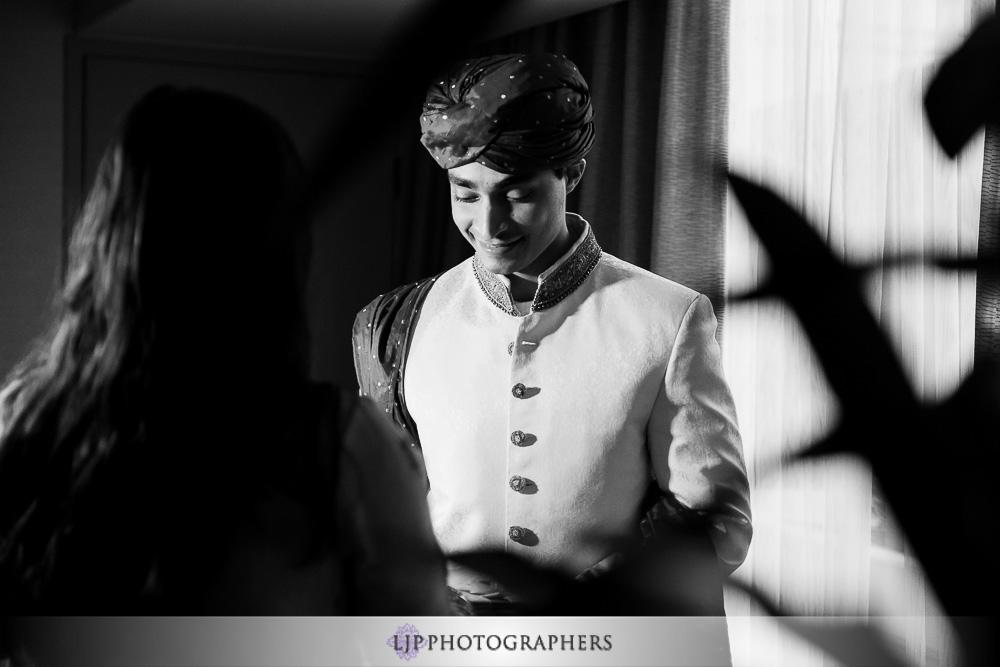 07-anaheim-hilton-indian-wedding-photographer