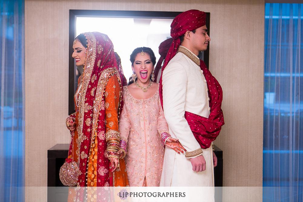 08-anaheim-hilton-indian-wedding-photographer