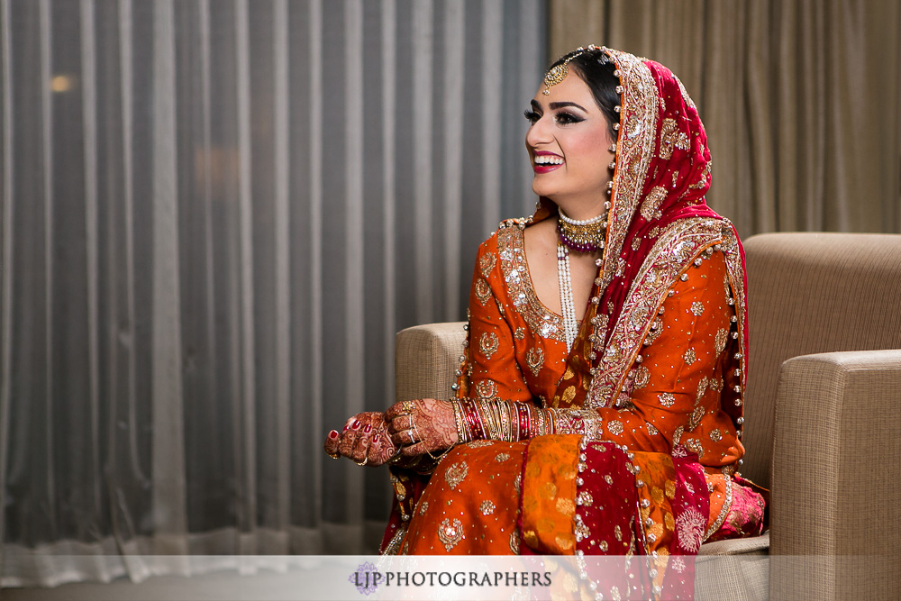 09-anaheim-hilton-indian-wedding-photographer