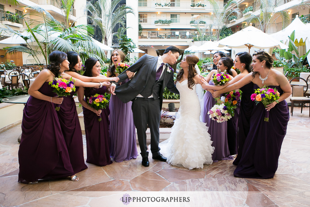 12-embassy-suites-brea-wedding-photographer-first-look-wedding-party-photos