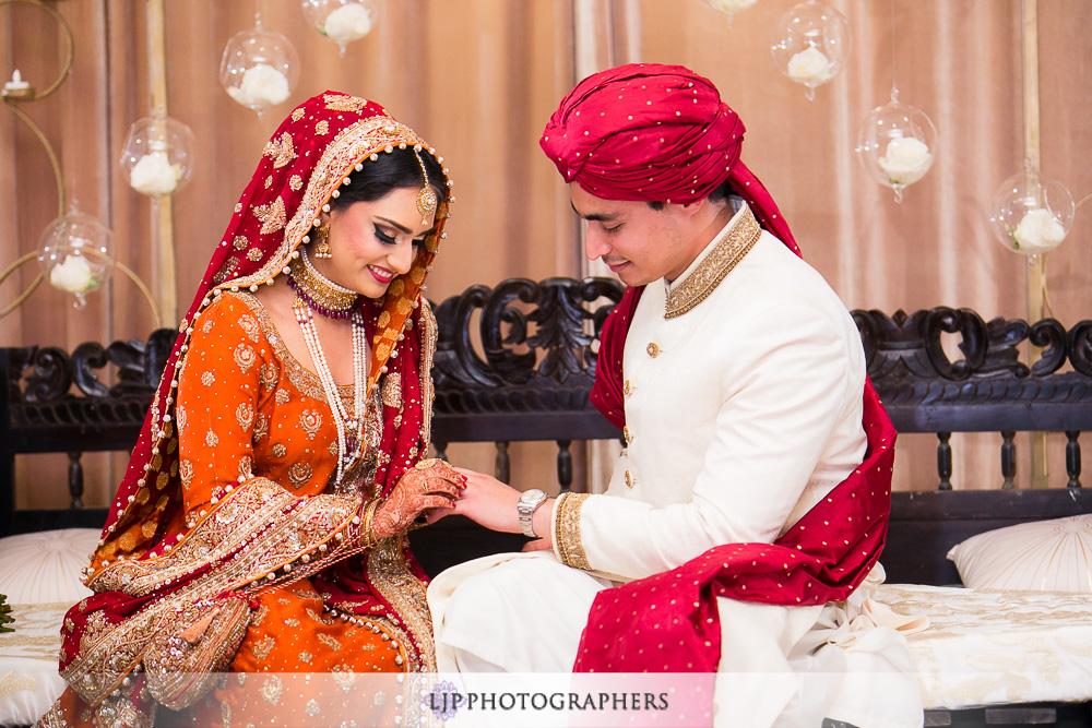13-anaheim-hilton-indian-wedding-photographer