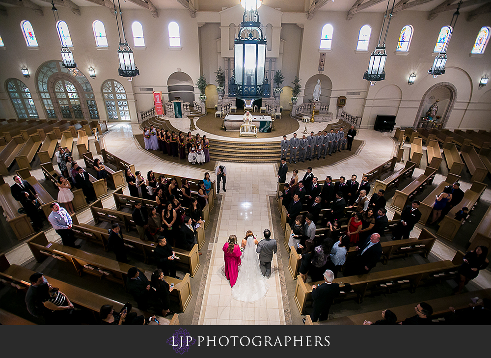 14-embassy-suites-brea-wedding-photographer-wedding-ceremony-photos