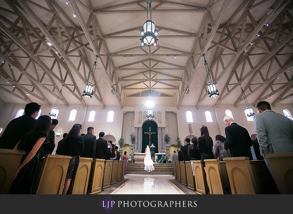 16-embassy-suites-brea-wedding-photographer-wedding-ceremony-photos