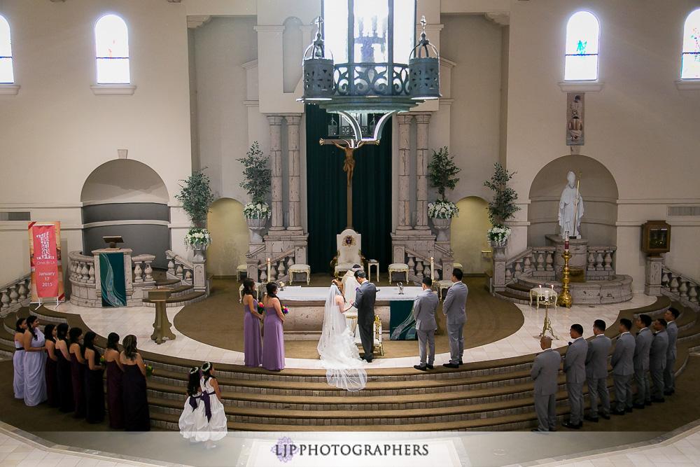17-embassy-suites-brea-wedding-photographer-wedding-ceremony-photos