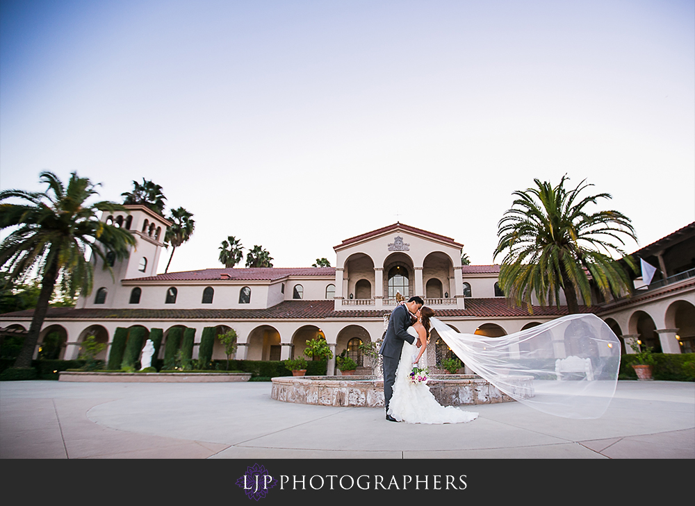 19-embassy-suites-brea-wedding-photographer-wedding-ceremony-photos