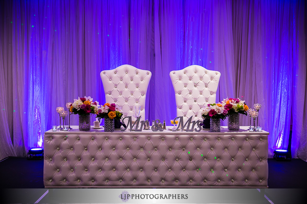 22-embassy-suites-brea-wedding-photographer-wedding-reception-photos