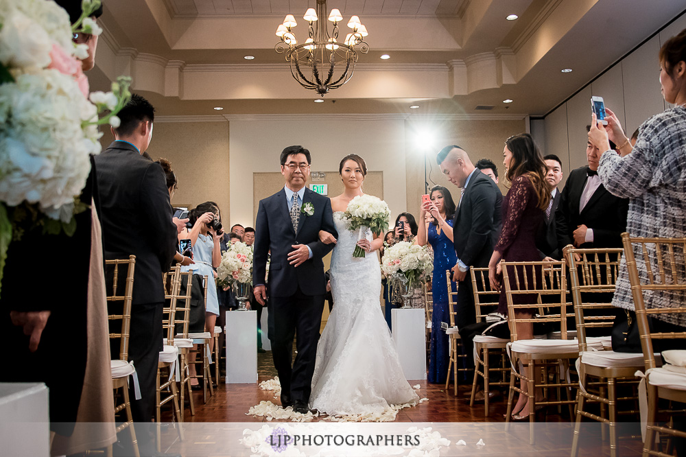 22-los-coyotes-wedding-photographer