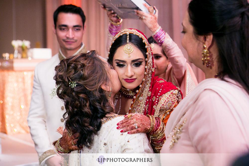 26-anaheim-hilton-indian-wedding-photographer