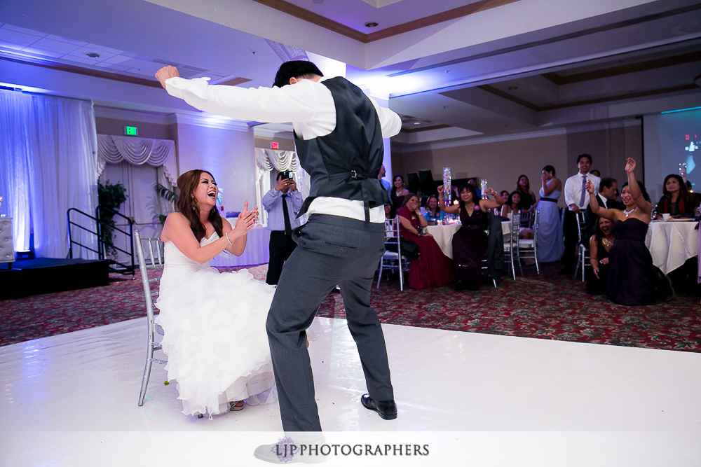 33-embassy-suites-brea-wedding-photographer-wedding-reception-photos