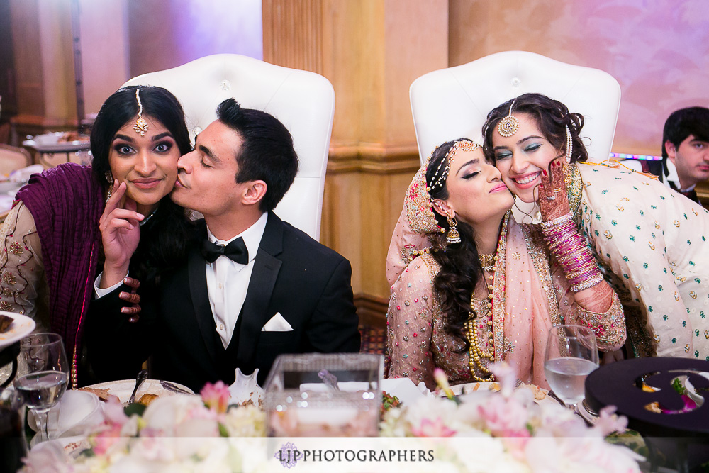 35-anaheim-hilton-indian-wedding-photographer