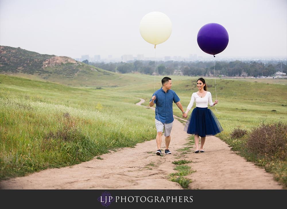 01-beach-engagement-photographer