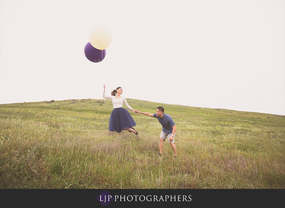 03-beach-engagement-photographer