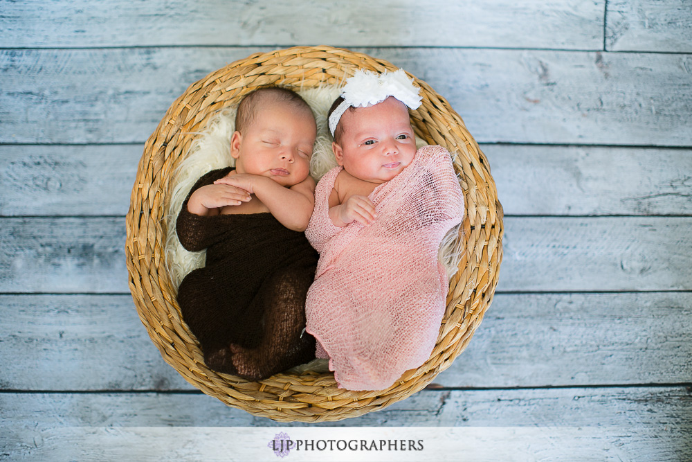 02-newborn-twins-session-photography
