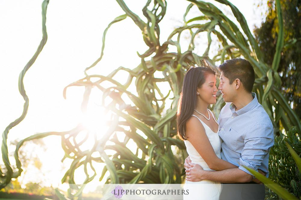 11-beautiful-balboa-park-engagement-photogrpaher