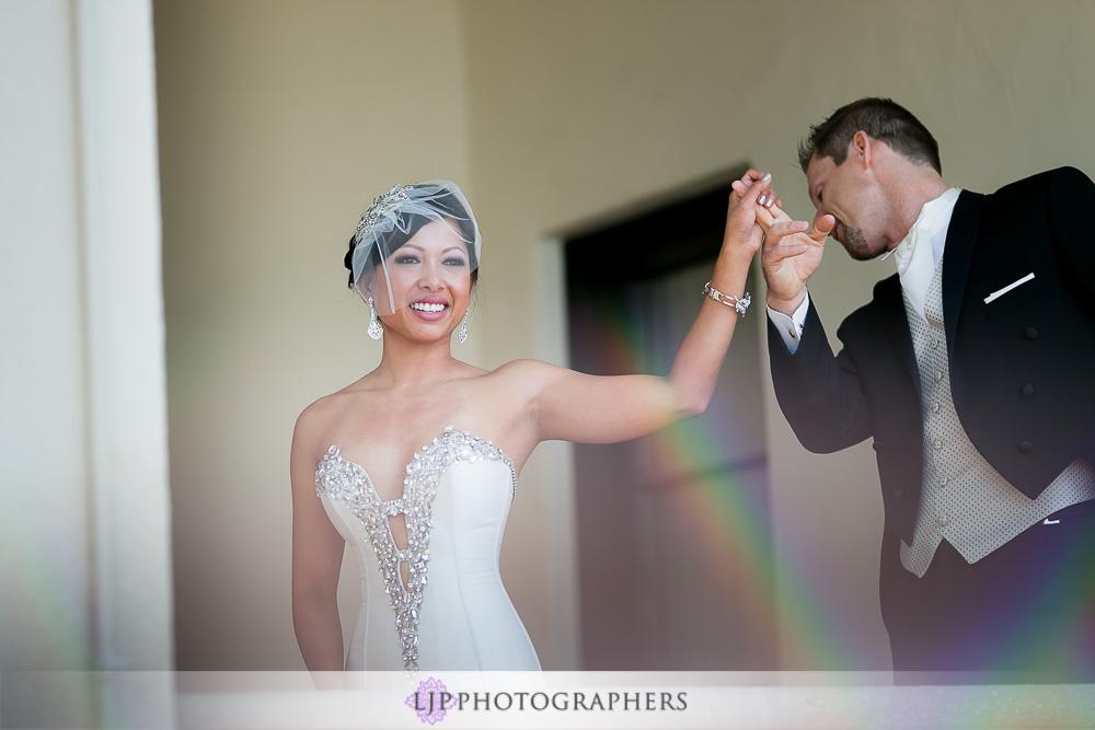 11-neighborhood-church-palos-verdes-wedding-photographer-first-look-wedding-party