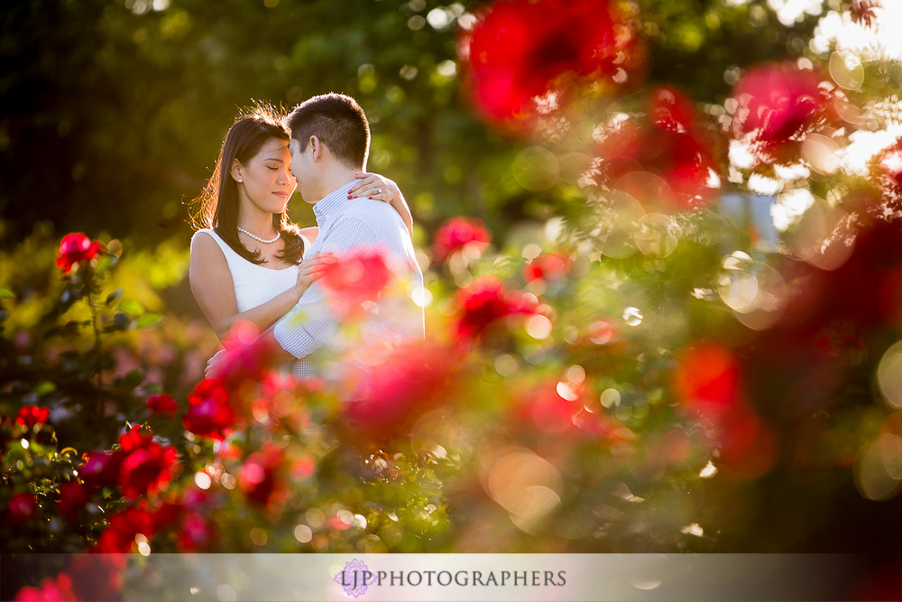 12-beautiful-balboa-park-engagement-photogrpaher