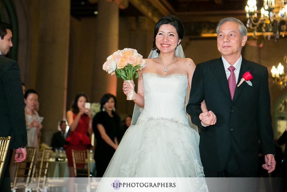14-millennium-biltmore-hotel-los-angeles-wedding-photographer-wedding-ceremony-photos