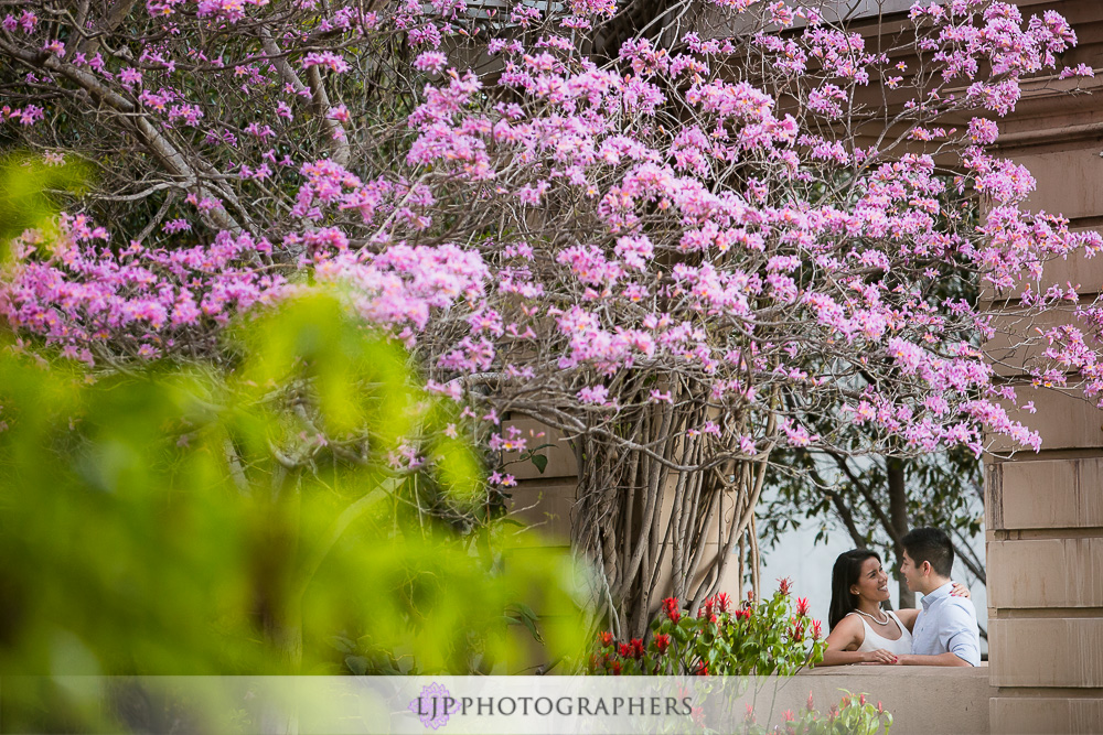 16-beautiful-balboa-park-engagement-photogrpaher