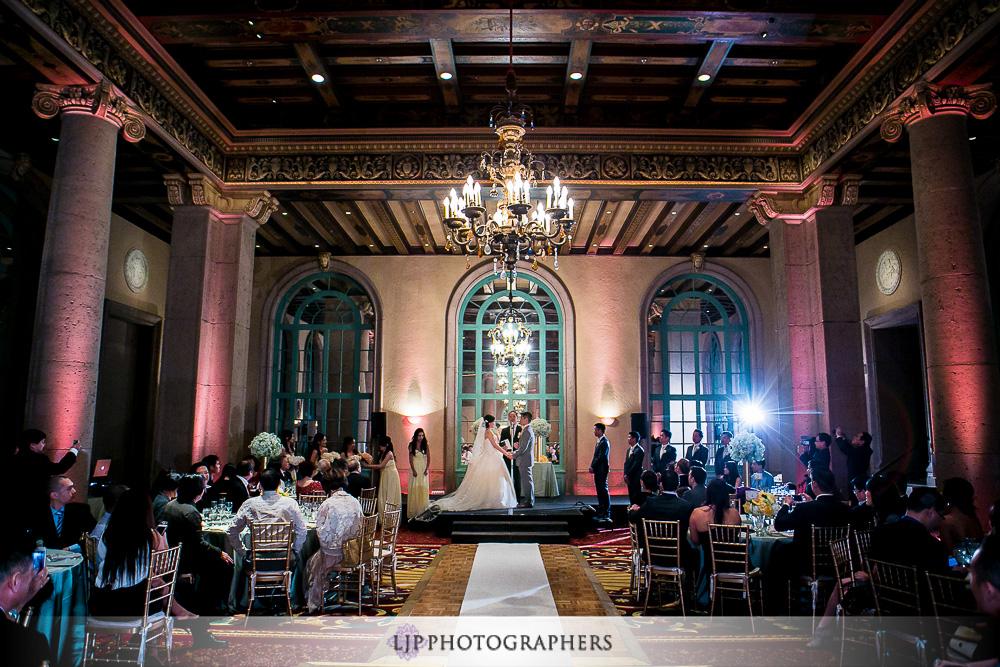 16-millennium-biltmore-hotel-los-angeles-wedding-photographer-wedding-ceremony-photos