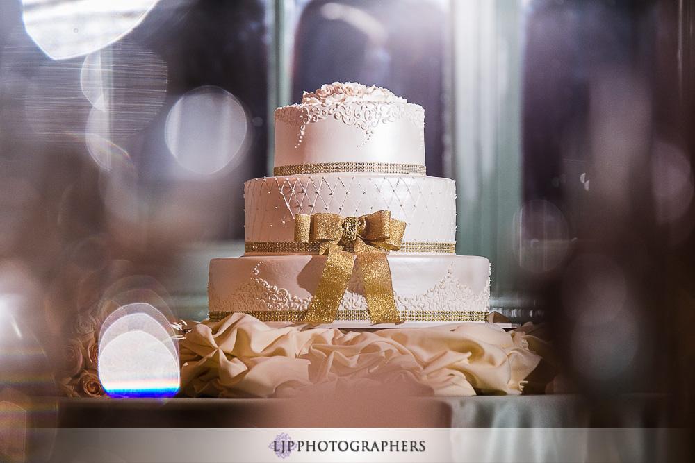 20-millennium-biltmore-hotel-los-angeles-wedding-photographer-wedding-reception-photos