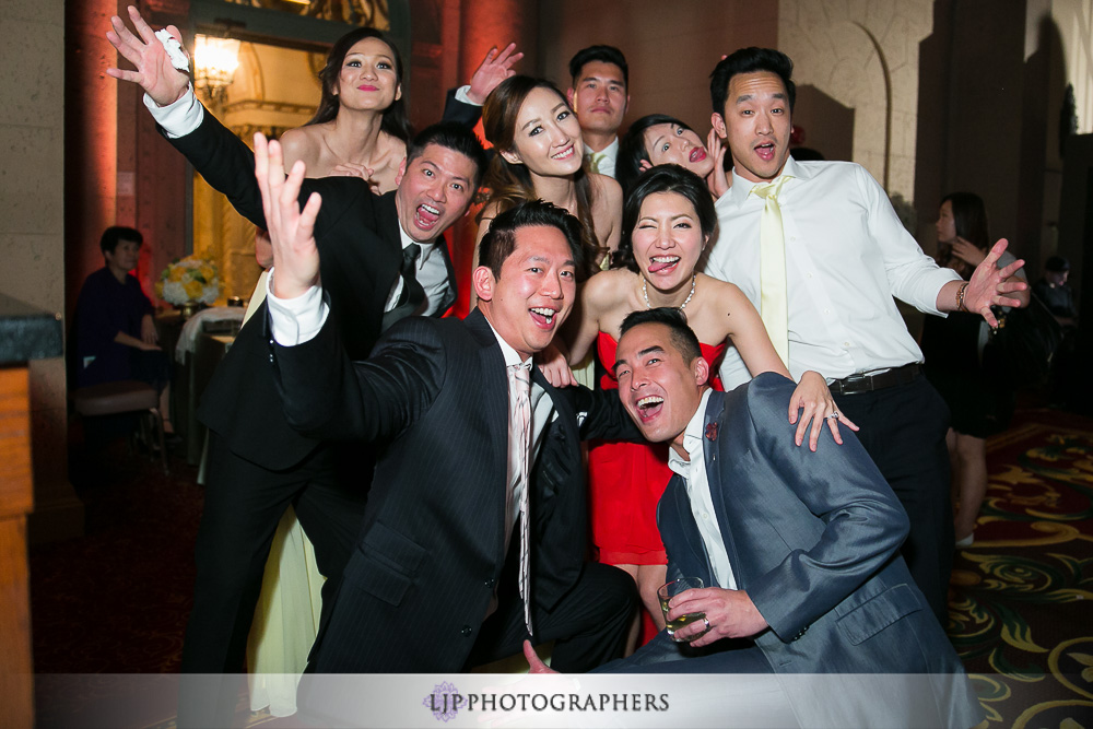 30-millennium-biltmore-hotel-los-angeles-wedding-photographer-wedding-reception-photos
