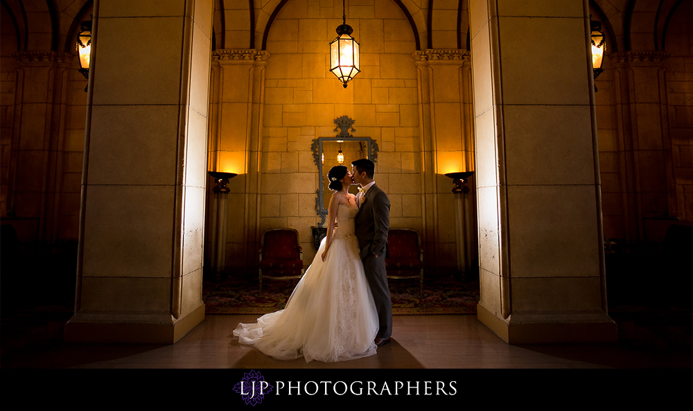 31-millennium-biltmore-hotel-los-angeles-wedding-photographer-wedding-reception-photos