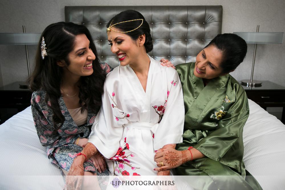 02-padua-hills-indian-wedding-photographer-getting-ready-photos