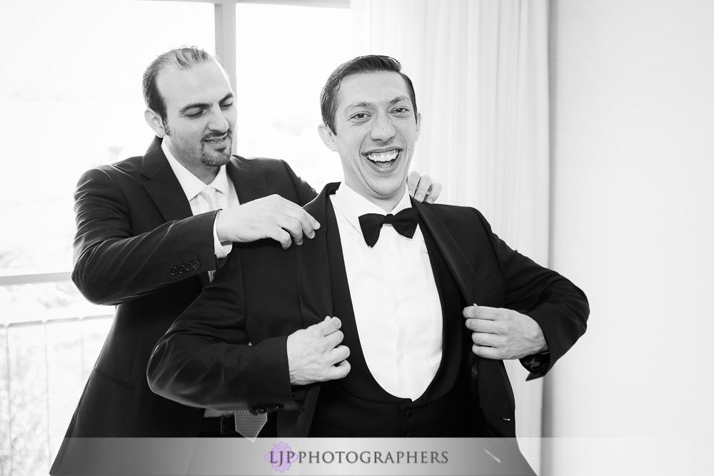 05-the-colony-house-anaheim-wedding-photographer-getting-ready-photos