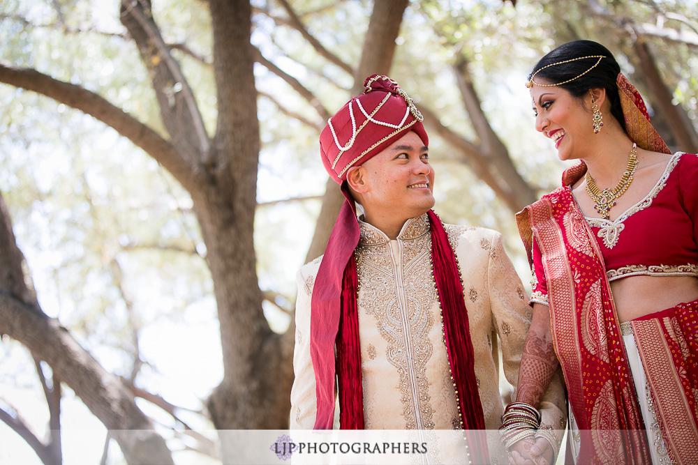 08-padua-hills-indian-wedding-photographer-first-look-couple-session-photos