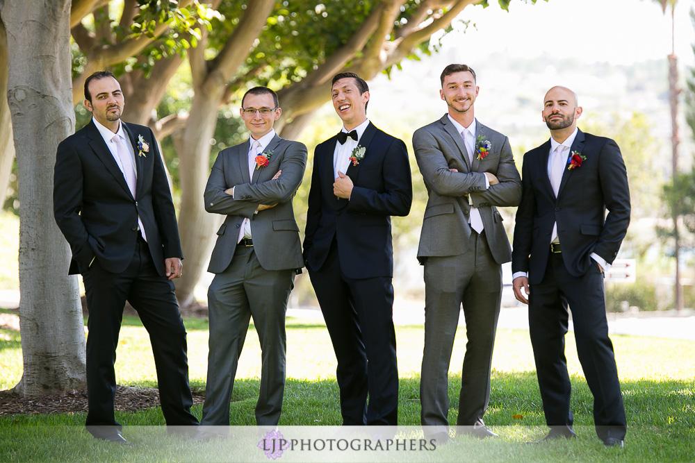 09-the-colony-house-anaheim-wedding-photographer-getting-ready-photos